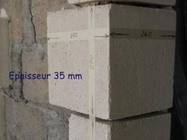 Chainages et parements d 39 encadrements en pierre for Encadrement de porte en pierre de parement