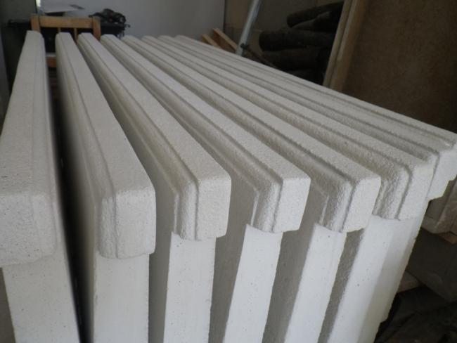 chapiteaux de piliers et appuis de fen tres forum des mouleurs. Black Bedroom Furniture Sets. Home Design Ideas