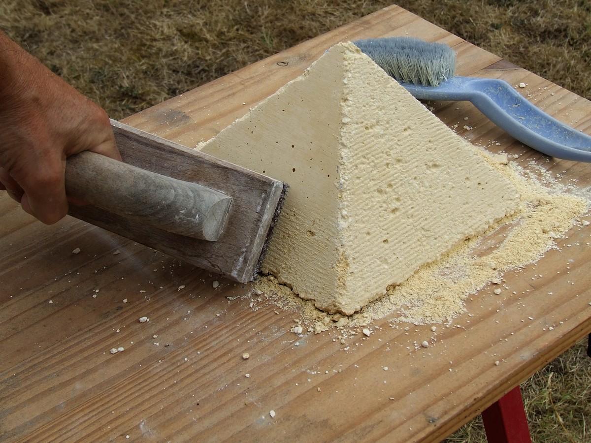 Concept moulage et coffrage de pierre architecturale - Monter un mur en pierre avec du ciment ...